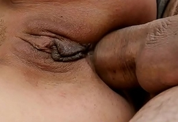 Bigtit mature anally drilled in outdoor action